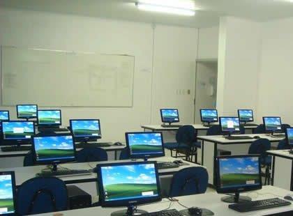 Professores de Laboratório de Informática